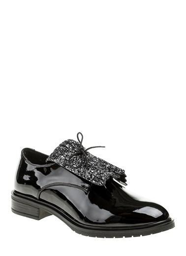 Püskül Detaylı Klasik Ayakkabı-Bambi